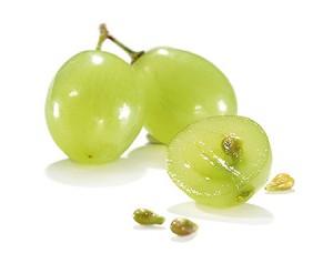 Resveratrol antioxydant puissant dans la peau et les pépins du raisin bio